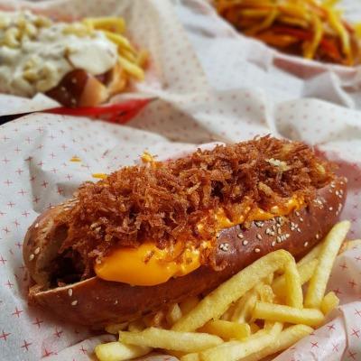 Bombardier Hot Dog, Konak (Alsancak Mah.)